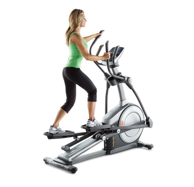 Nordictrack e5.7 elliptical trainer woman